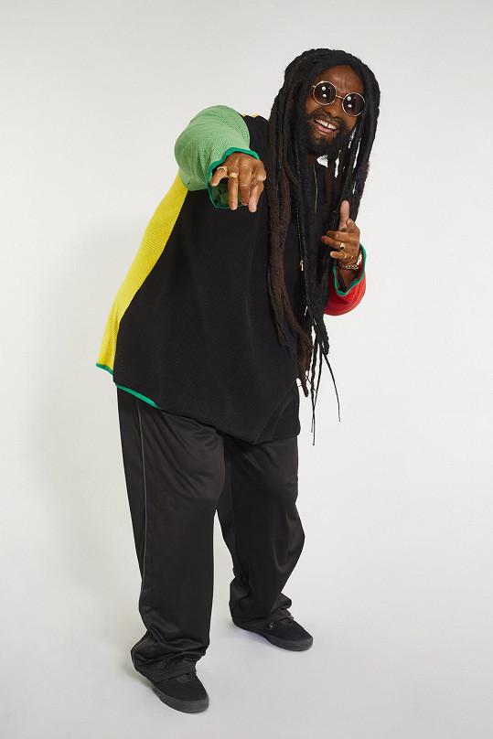 Jan Révai si proměnu v Jamajčana opravdu užil.