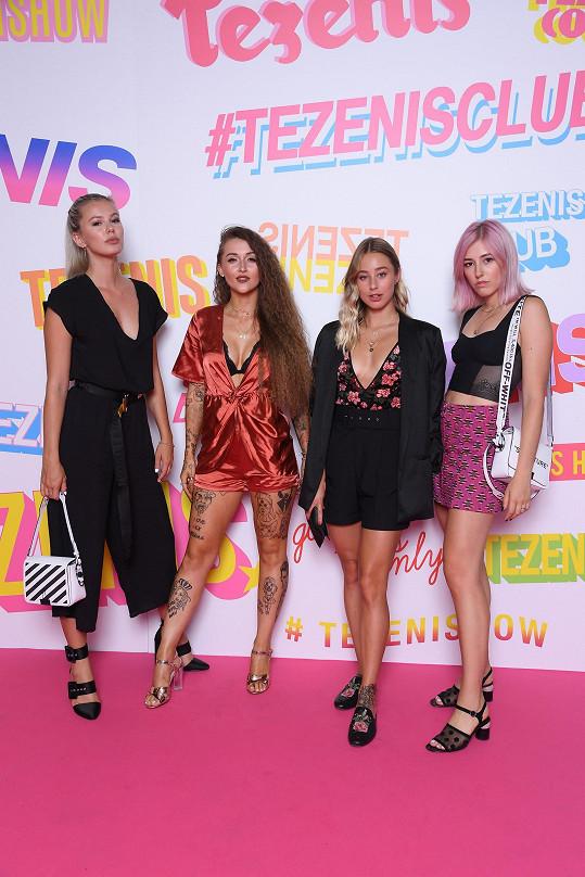 S Sharlotou dorazily do Verony také české blogerky Michaela Živnůstková, Kristýna Patyková a Alexandra Sedláčková.