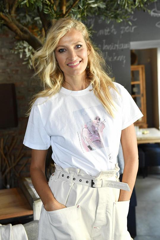 Tereza Maxová v charitativním tričku s oblíbenou Olgou Havlovou.