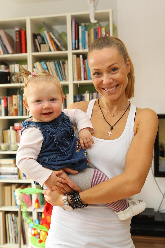 Pavla Vitázková s dcerkou Barunkou