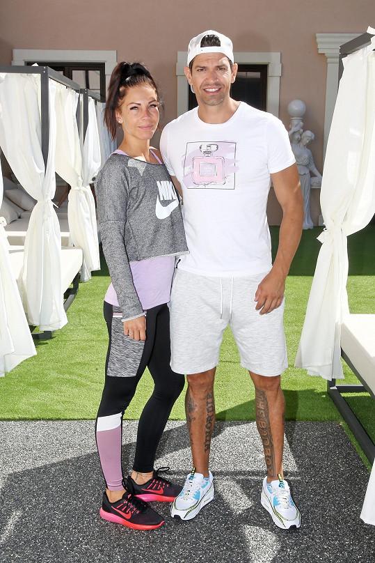 Petr Vojnar vzal přítelkyni Lenku na soustředění Muže roku.