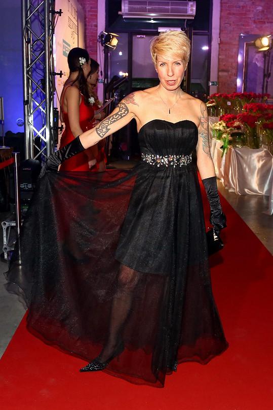 Marcela Březinová má na svůj věk skvělou figuru.