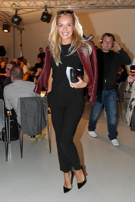 Táňa po návratu z Cannes na módní přehlídce