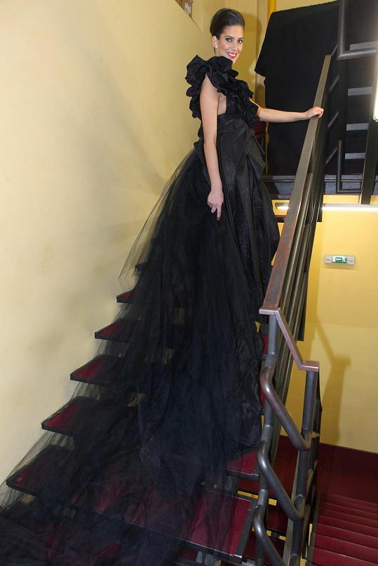Vignerová by se vdávala prý klidně i v černých svatebních šatech.
