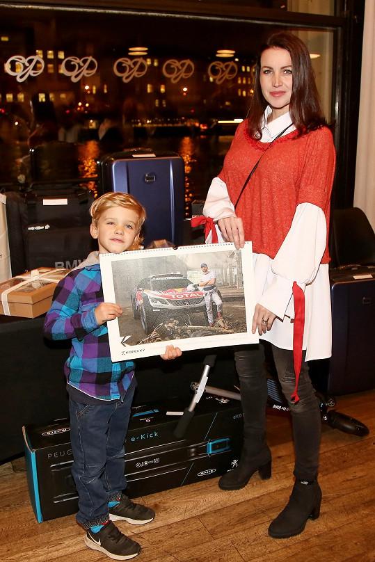 Ukázali snímek v kalendáři s Lukášem Langmajerem.