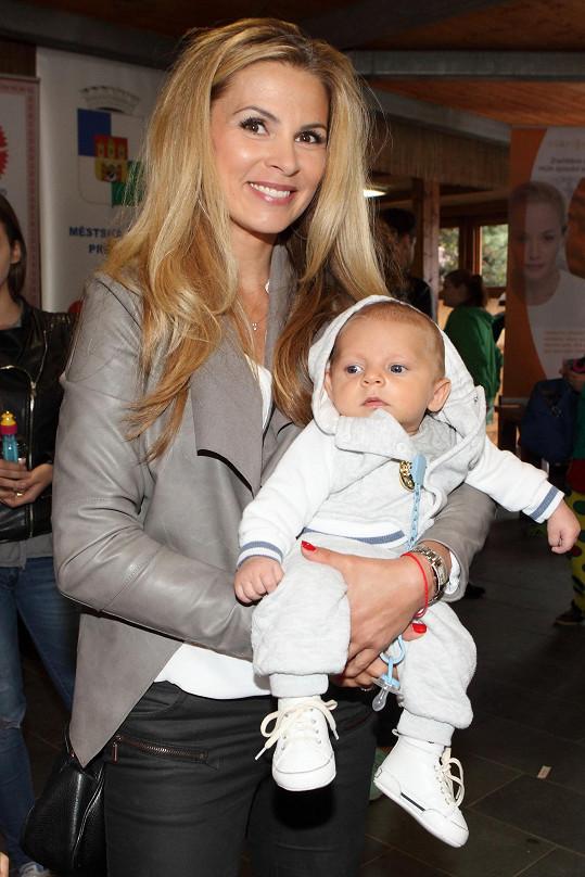Tereza se synem Benediktem
