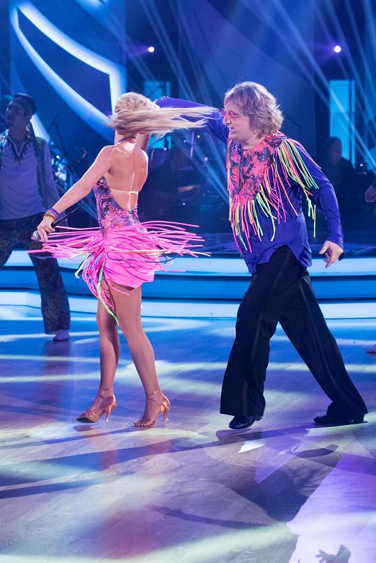 Když už se hnul, k tanci to mělo daleko.