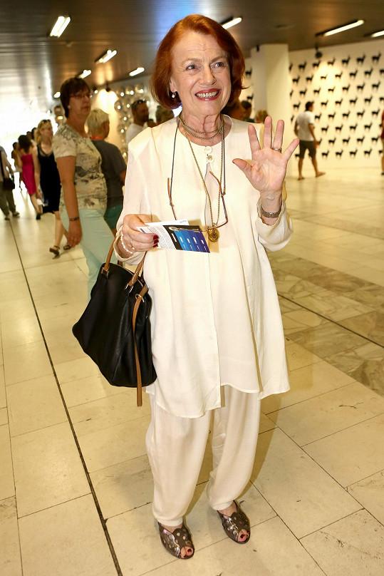 Na film se přišla podívat i Iva Janžurová.