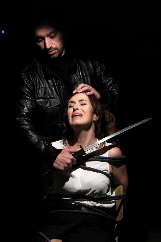 Soňa Norisová si ve druhé sérii VIP vražd užila své.