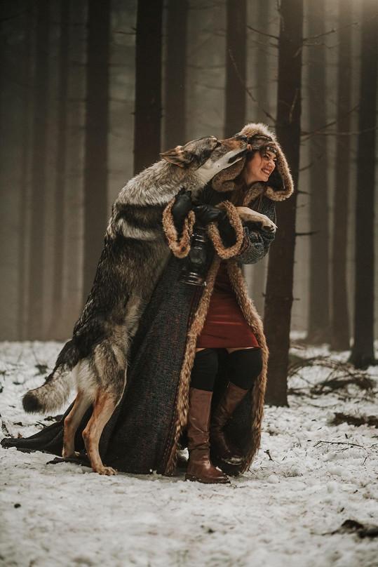 Na place nechyběl ani pejsek, který připomínal vlka.
