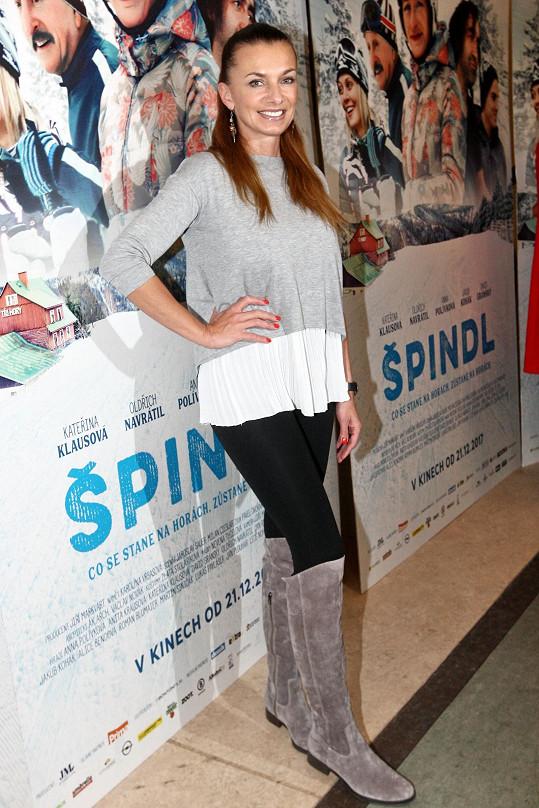 Alice při představení filmu Špindl médiím