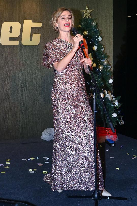 Zpívala i Ivana Jirešová.
