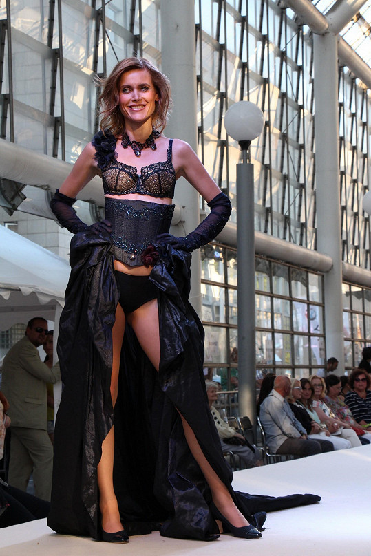 Silvia Šuvadová v nové roli jako modelka