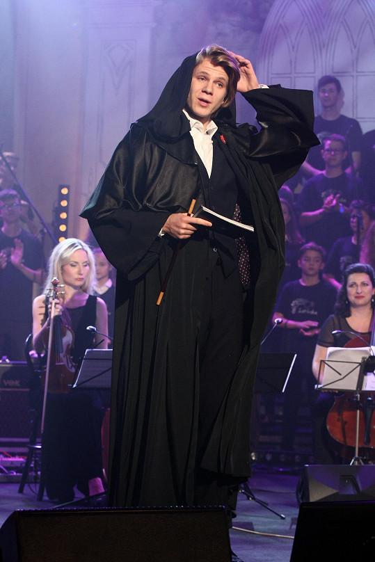Letošní ročník koncertu Světlo pro Světlušku moderoval také Zdeněk Piškula.
