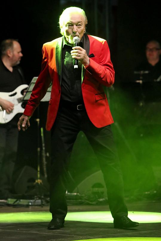 Zápal plic mu nedovolil vystoupit na festivalu Benátská!