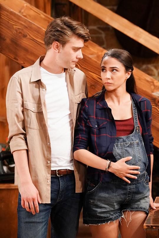 Eva Burešová a Marek Lambora jsou ústřední dvojicí seriálu Slunečná.