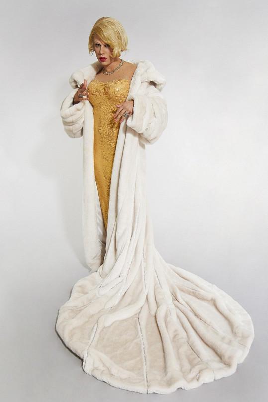 Patrik Děrgel jako Marlene Dietrich