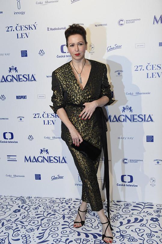 Zuzana Stivínová překvapila večerní variací kostýmu.