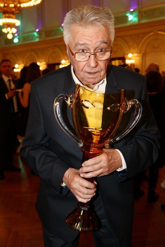 Josef Zíma získal Thálii za celoživotní mistrovství v operetě a muzikálu.