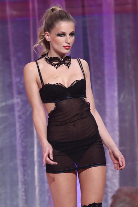 Karolína je loňskou Českou Miss World.