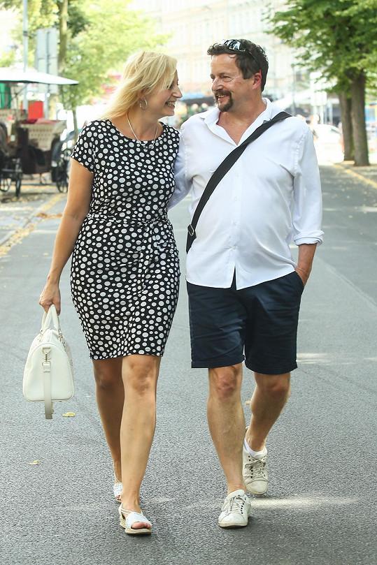 Michal Viewegh s přítelkyní Monikou