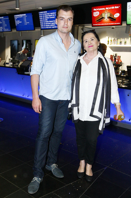 Hana Gregorová a Ondřej Koptík si spolu vyšli do kina.
