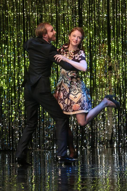 Na jeviště Stavovského divadla pár přitančil.