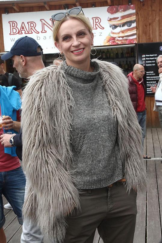 Ivana Chýlková už vyvětrala zimní kožich.