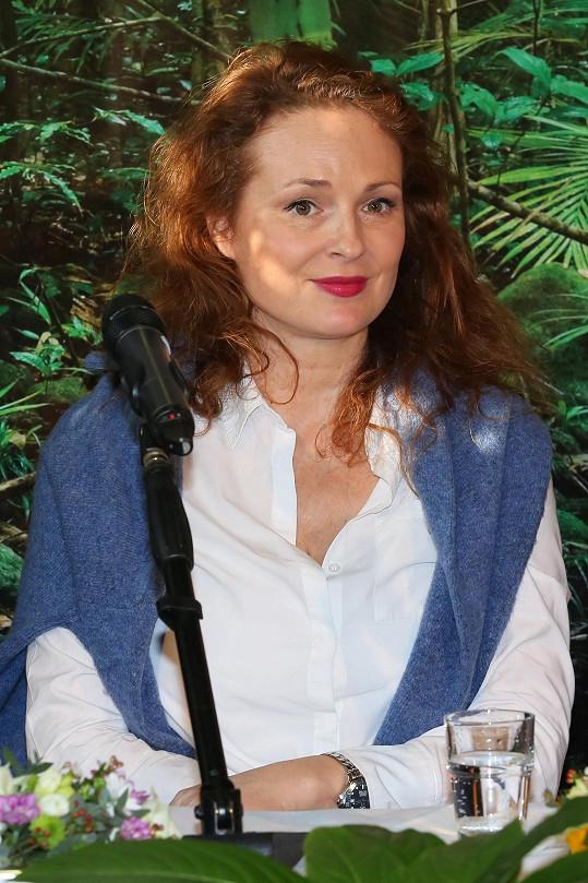 Botanická zahrada slaví 50. narozeniny a herečka nechyběla na tiskovce, kde se oznamovaly novinky.