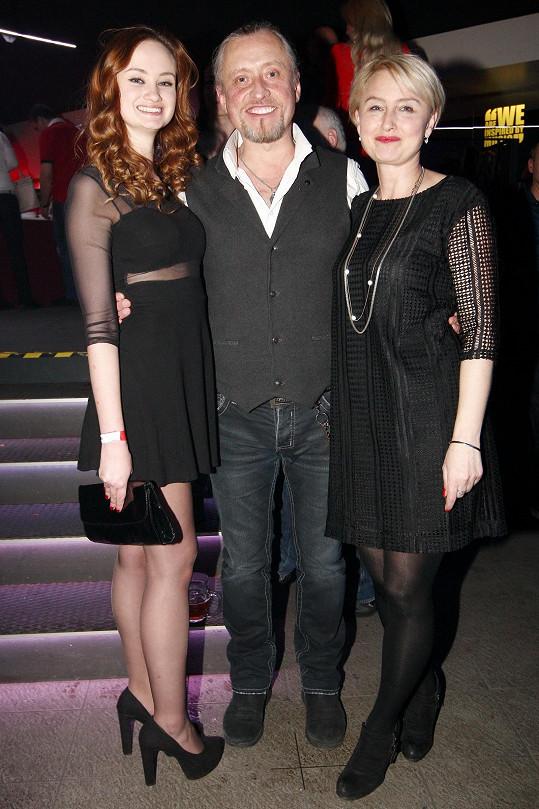 Kamil Střihavka s manželkou Evou a dcerou Terezou