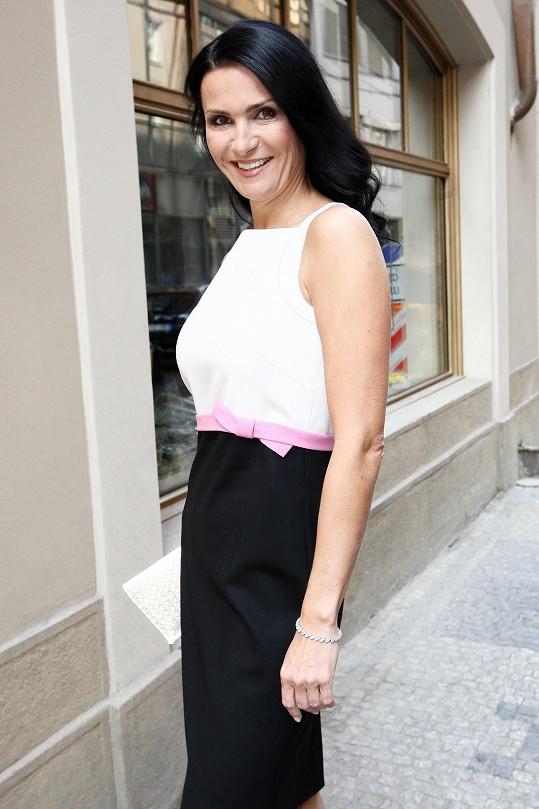 Maláčová, která s rodinou žije ve Švýcarsku, bude letos zahraničním hostem České Miss a předsedkyní poroty.