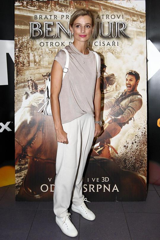 S Jirešovou jsme si povídali během její účastni na české premiéře dobrodružného historického dramatu Ben-Hur.