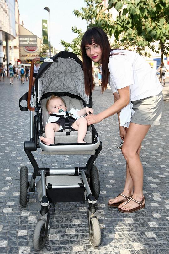 Sandra Nováková se pochlubila synem Mikulášem.