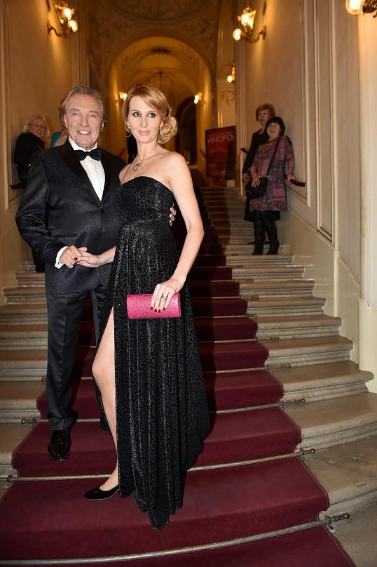 Karel Gott a Ivana Gottová ve Státní opeře.
