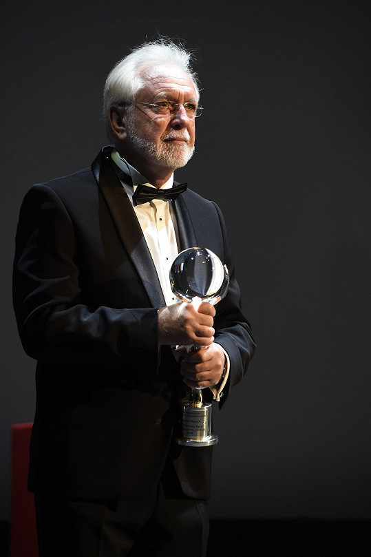 Jaromír Hanzlík napsal scénář k filmu.