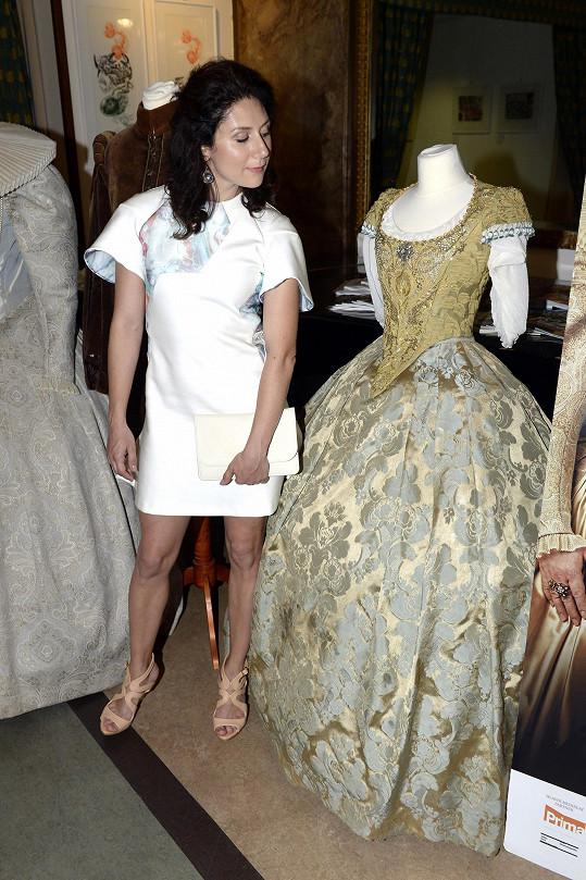 Herečka a její šaty z pohádky