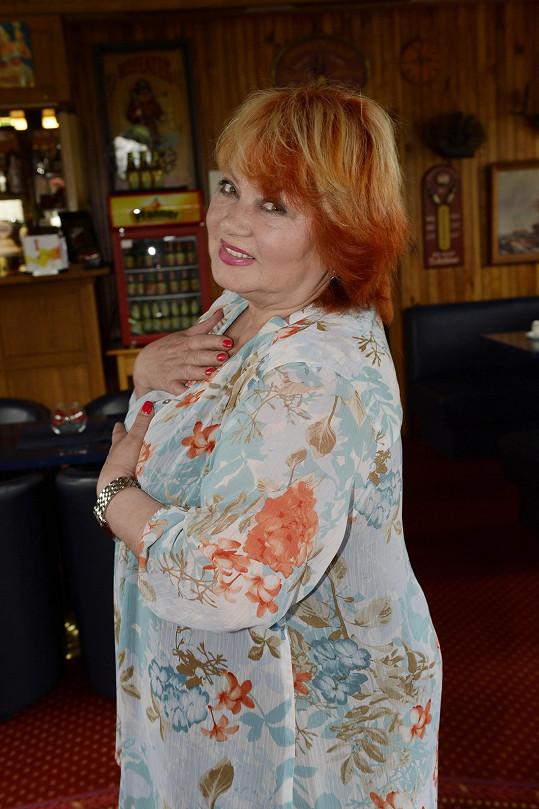 Skvělá zpěvačka Věra Špinarová odešla pro všechny nečekaně loni do pěveckého nebe.