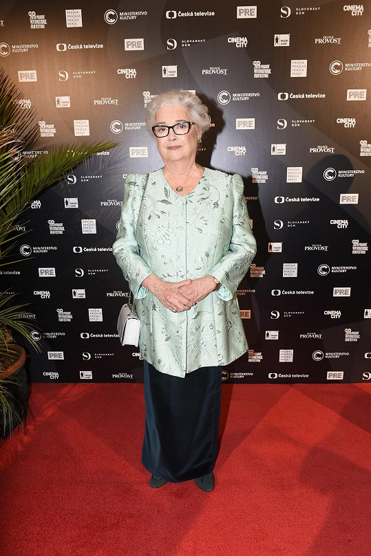 I herečka Božidara Turzonovová odejde domů s festivalovou cenou Kristián.