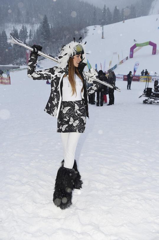 Nedávno modelka řádila na horách. Teď se těší na vánoční lenošení.