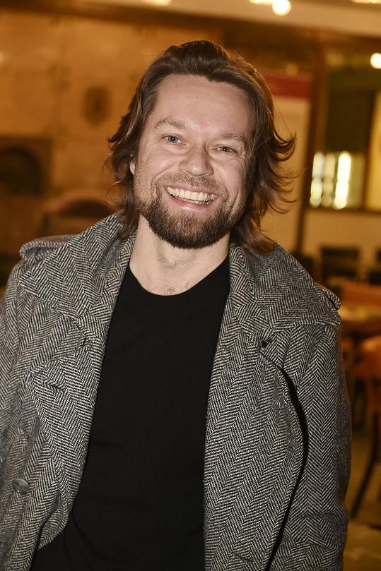 Richard si zahrál ve dvoudílném filmu Vysoká hra.