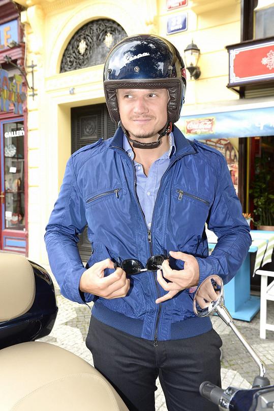 Ondřej v helmě