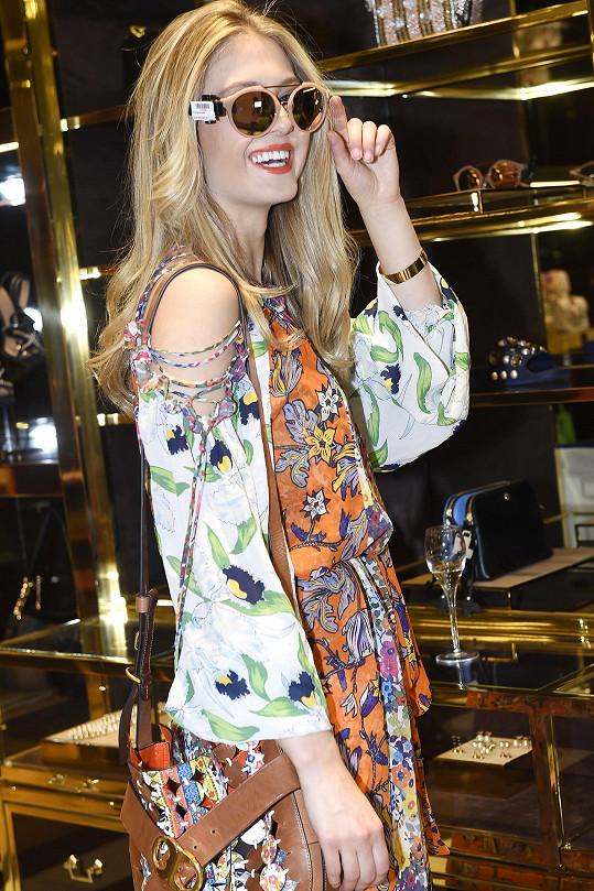 Natálie jako blogerka miluje módu.