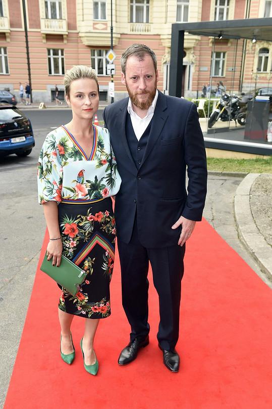 Kryštof Mucha s manželkou