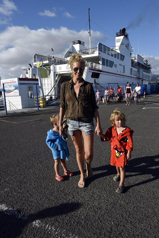 Na ostrov Fuerteventura se přesunuli trajektem.