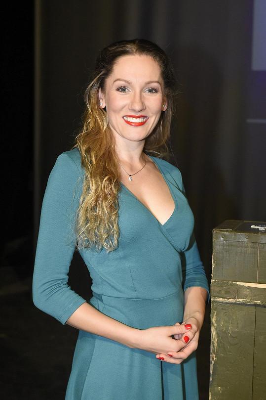 Andrea Gabrišová bude hrát v muzikálu Bratři v Divadle Na Fidlovačce.