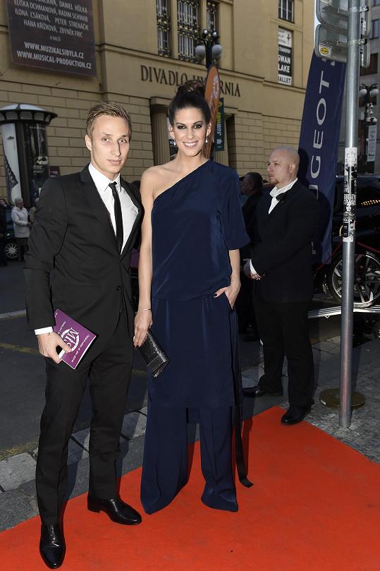 Aneta Vignerová s přítelem Michalem. Jejich vztah prochází velkou zkouškou.
