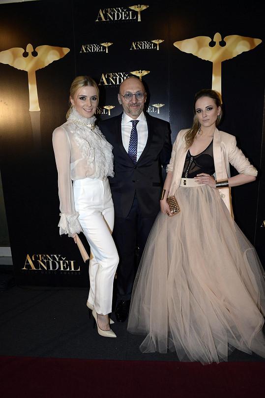 Samozřejmě nechyběl ani pořadatel cen Anděl Lešek Wronka s manželkou Halinou a dcerou Magdalenou.