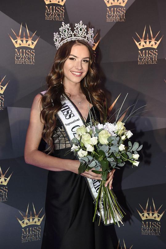 Druhá se umístila a titul Miss Supranational Czech Republic 2020 získala Angelika Kostyshynová (24) z Ústí nad Labem.