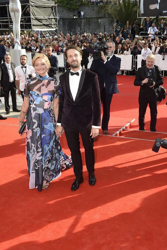 S manželkou Lenkou na zahájení karlovarského filmového festivalu