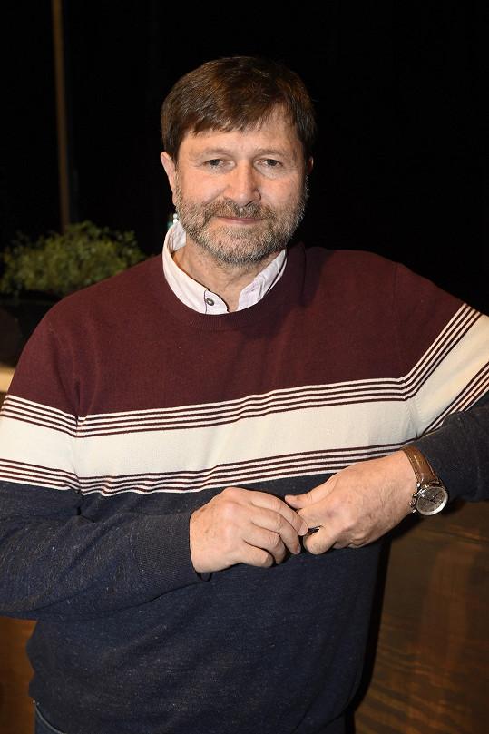 Hrušínský tvrdě kritizoval zavření divadel.